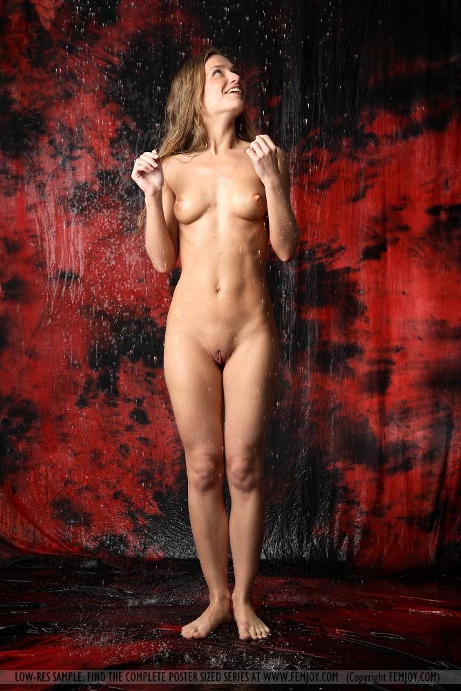 фото высокие голые