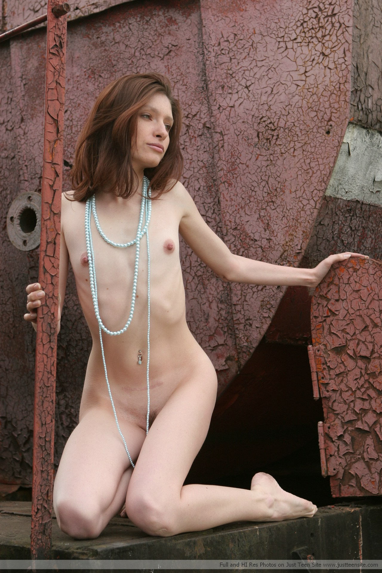 nude pictures loly wood